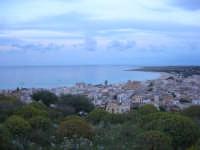 panorama della città e del suo mare - 19 aprile 2009  - San vito lo capo (1756 clic)