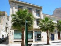 piazza Ciullo, angolo via Porta Stella - 13 maggio 2007  - Alcamo (1050 clic)