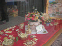 Cene di San Giuseppe - vetrina: pane in fiore - 15 marzo 2009   - Salemi (2626 clic)
