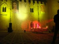 Festeggiamenti Maria SS. dei Miracoli - La Festa del Paradiso - L'Assalto al Castello - Piazza Castello - 20 giugno 2008   - Alcamo (725 clic)