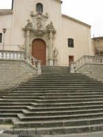per le vie del paese - Chiesa S. Vito Martire - 17 aprile 2006  - Piana degli albanesi (1525 clic)