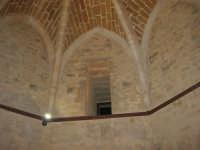 Castello arabo normanno - particolare all'interno della torre - 2 gennaio 2009   - Salemi (2445 clic)