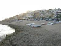 spiaggia e case - 1 agosto 2007  - Marinella di selinunte (909 clic)