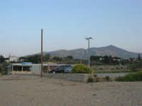 Baia di Guidaloca: piazzale antistante la spiaggia - 26 aprile 2007  - Castellammare del golfo (749 clic)