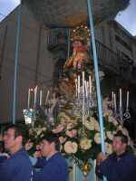 Processione in onore di Maria Santissima dei Miracoli, patrona di Alcamo - Corso VI Aprile - 21 giugno 2009   - Alcamo (2572 clic)