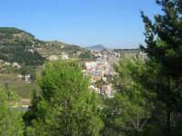 uno scorcio della città visto dalla rupe - 4 ottobre 2007  - Calatafimi segesta (811 clic)