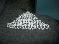 Il lavoro chiacchierino: c'è ancora chi si diletta a realizzare queste piccole opere d'arte - 7 febbraio 2006  - Alcamo (1326 clic)