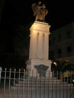 Monumento ai Caduti nella Grande Guerra - 2 febbraio 2008  - Alcamo (1126 clic)