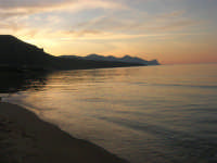 Spiaggia Paja all'imbrunire - 10 maggio 2009    - Castellammare del golfo (1478 clic)