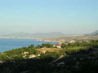 La costa da Cala Mazzo di Sciacca verso Scopello - 7 luglio 2005  - Castellammare del golfo (1542 clic)