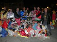 Carnevale 2009 - alla conclusione del Ballo dei Pastori: foto ricordo - 24 febbraio 2009  - Balestrate (3752 clic)