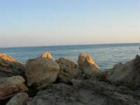 dal molo il mare - 1 agosto 2007  - Marinella di selinunte (1407 clic)