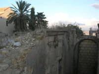 ruderi del terremoto del gennaio 1968 - 11 ottobre 2007   - Salemi (1826 clic)