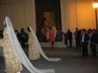 2° Corteo Storico di Santa Rita - Dinanzi la Chiesa S. Antonio - seconda uscita - Dame - Gli uccisori del marito - 17 maggio 2008  - Castellammare del golfo (584 clic)