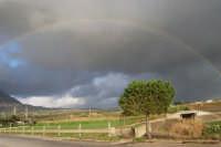 dopo la pioggia, alle pendici del monte Erice - 1 febbraio 2009  - Erice (2649 clic)