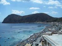 Spiaggia di Canneto: sullo sfondo il monte Rosa   - Lipari (5900 clic)