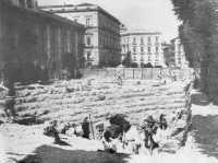 P.zza Stesicoro gli scavi dell'anfiteatro  - Catania (4994 clic)