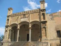 bellissima chiesa sita vicino il porto PALERMO ISACCO