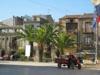 una delle piazze di chiusa sclafani ultime immagini a breve verrà totalmente rinnovata  - Palermo (1859 clic)