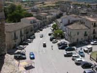 La bellissima piazza della città immortalata nel film di G.Tornatore NUOVO CINEMA PARADISO. Vista dal campanile della chiesa Greco-Ortodossa  - Palazzo adriano (3366 clic)