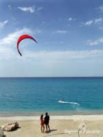shy surf   - Capo d'orlando (4345 clic)