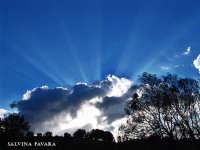 -Eclisse di sole al tramonto- (per gentile concessione di una nuvola)   - Scordia (3238 clic)