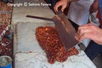 Lavorazione del torrone  - Militello in val di catania (7360 clic)