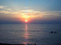 Capo d'Orlando (ME) - Tramonto sul mare (ago 2002) X  - Capo d'orlando (9199 clic)