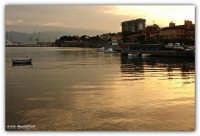 Arenella (PA) - L'oro del mare al tramonto  - Palermo (2717 clic)