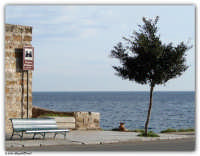 Palermo - Vergine Maria - Angoli di mondo, scorcio di mare dall'antica tonnara Bordonaro  - Palermo (4063 clic)