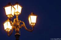 Arenella (Pa) - particolare atmosfera della luce di un lampione in stile  - Palermo (1331 clic)
