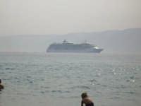 Nave in transito nello stretto  - Ganzirri (3305 clic)