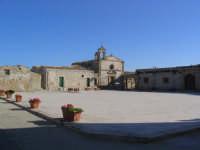 Piazza   - Marzamemi (4703 clic)