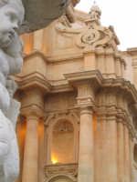 Fontana e Chiesa di S.Domenico  - Noto (2831 clic)