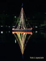 Natale 2005 sul lago di Ganzirri  (1)  - Ganzirri (5977 clic)
