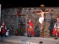 31 Marzo 2010: Via Crucis. Gli ultimi istanti del Cristo ancora in vita sulla Croce.(zona:Santa Croce o cosidetta Crucidda).  - Lercara friddi (3934 clic)