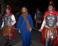 21 Marzo 2010 Via Crucis:Gesù viene arrestato e portato al Tempio. zona: Corso Giulio Sartorio.  - Lercara friddi (5955 clic)