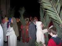 21 Marzo 2010 Via Crucis: Domenica delle Palme, Gesù entra a Gerusalemme. Zona :Atrio della scuola media   - Lercara friddi (4225 clic)