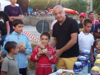 Premiazione dopo le gare dei Kart...L'assessore allo Sport Michele Garofalo ed il piccolo Salvatore Lino.   - Lercara friddi (6412 clic)
