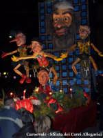 Il Carnevale a Lercara Friddi con la Sfilata dei carri allegorici per le vie del Paese. Una immagine delle edizioni precedenti.  - Lercara friddi (7232 clic)