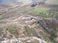 Il Sito Sikano Sul Colle Madore - Prospettiva dall'alto del Colle (febbraio 2009).  - Lercara friddi (9185 clic)