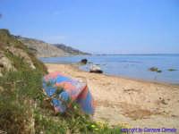 La Spiaggia di C.da Cavalluccio; sullo sfondo la costa licatese con la Spiaggia di Marianello  - Licata (3186 clic)