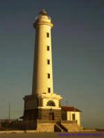 Il Faro situato all'interno del Porto di Licata; uno tra i più alti d'Europa.  - Licata (3968 clic)