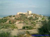 Panoramica sul Castel Sant'Angelo, posizionato sulla sommità dello storico Monte Ecnomo.   - Licata (3799 clic)