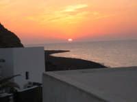 tramonto località Spiaggia Lunga (Stromboli)  - Stromboli (9901 clic)