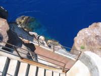 Strombolicchio - scala di accesso al Faro  - Stromboli (14600 clic)
