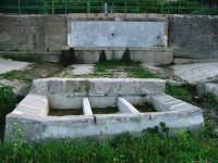 u canali - antico abbeveratoio e lavatoio nella frazione Nociazzi  - Castellana sicula (5270 clic)