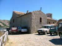 Santuario Madonna dell'Alto - 15 agosto 2005 - Si arriva solo con 4x4  - Petralia sottana (5237 clic)