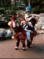 singolare e simpaticissimo bambino col vestito di carnevale al giardino inglese PALERMO Salvatore Ri