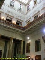 Palazzo delle Aquile - atrio - decorazione barocca risalente al 1691  PALERMO Guido Ruggiero